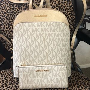 MICHAEL KORS BACKPACK WITH MATCHING WALLET